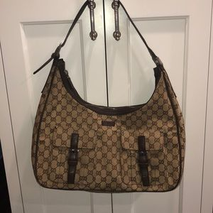 Gucci hobo bag in perfect condition.